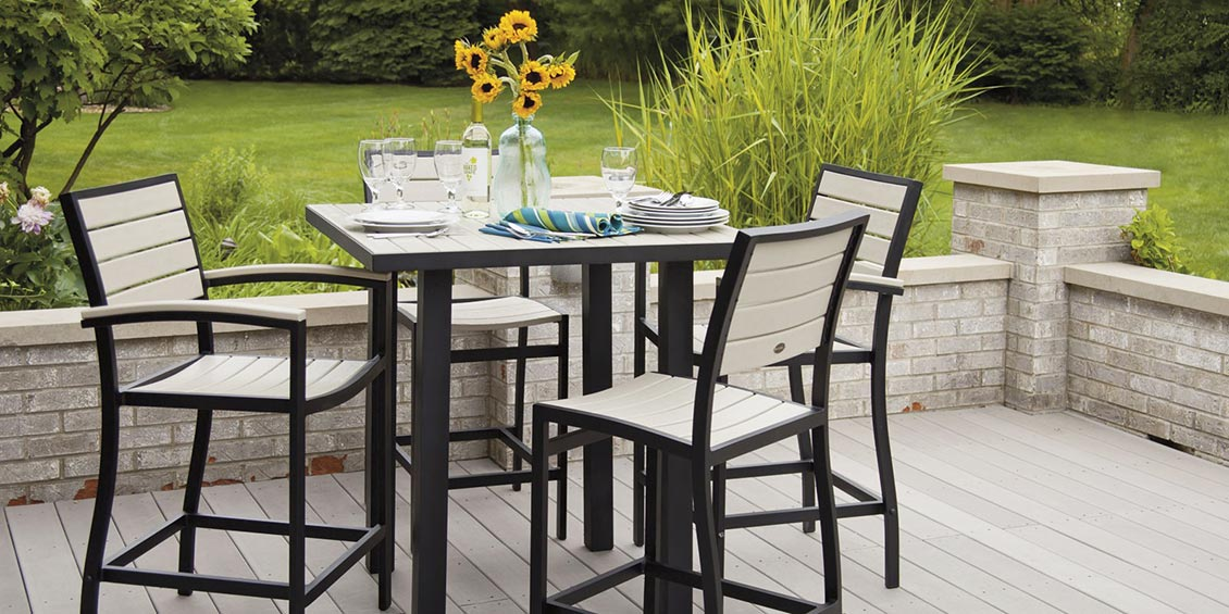 Outdoor Deck Bar Furniture – Create The Ultimate Place To Entertain