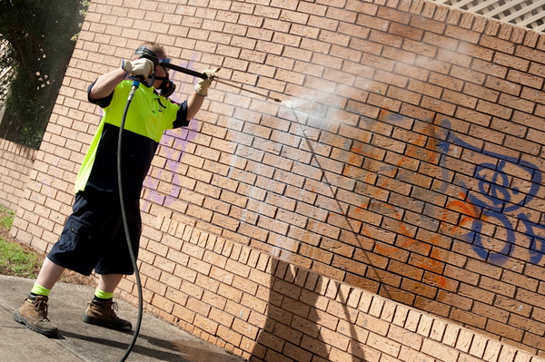 Graffiti Removal Based on Different Types of Surfaces