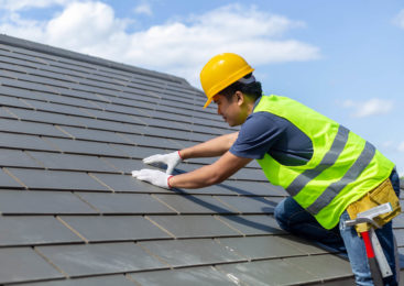 To Do Or Not To Do It Yourself: Roof Repair